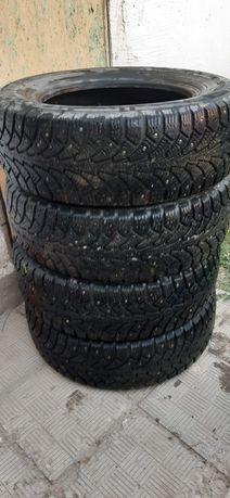 Продаю шины 205х65 r15