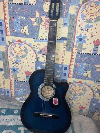 Продам гитару Starsun срочно