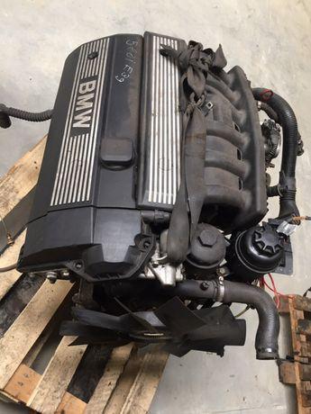 Motor bmw E 39 520 i Vanos
