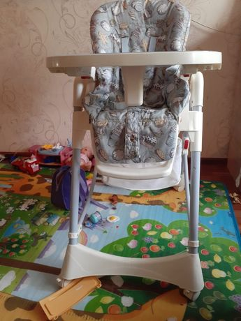 Детский для кормления стол