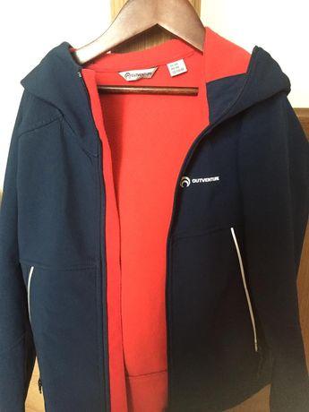 Куртка спортивная на мальчика р. 134