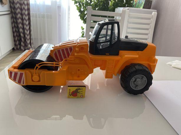Трактор каток