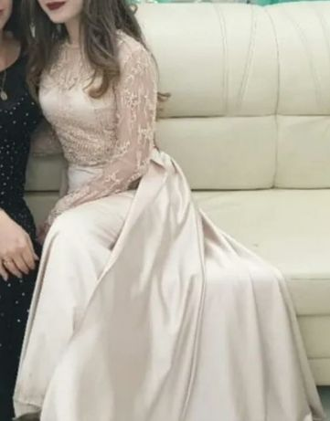 Вечернее платье от дизайнера