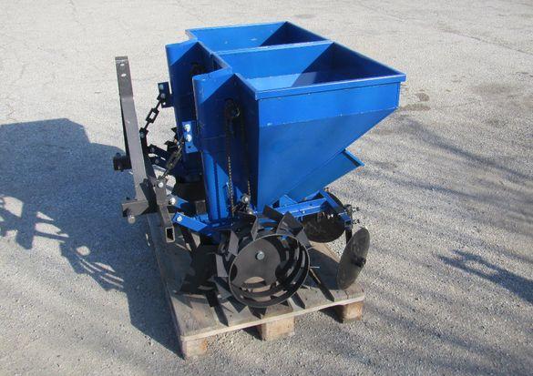 Двуредова картофосадачка/картофосеялка за трактор с торовнасяне