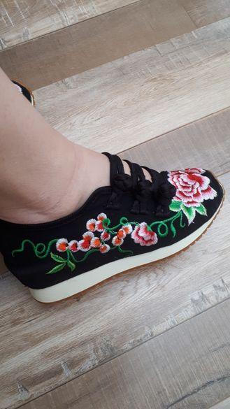Супер сладки обувчици за сезона
