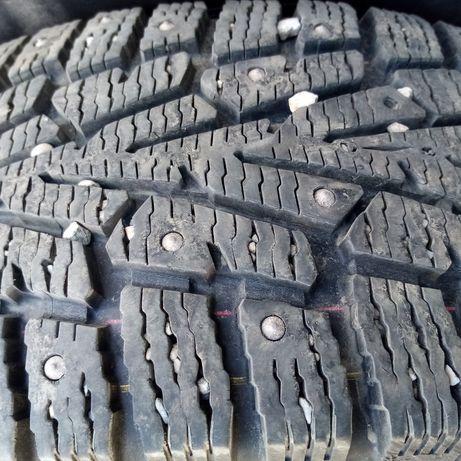 Продам шины на 16 отличном состоянии