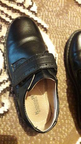 Туфли для мальчика 32 размер в отличном состоянии за 2000 тысячи тенге