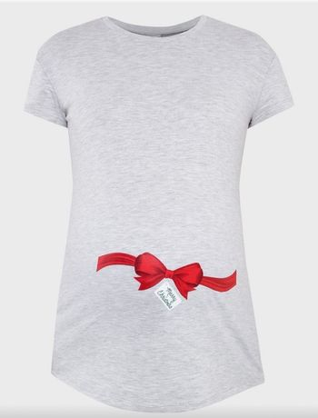 Новая футболка для беременных сделана в России