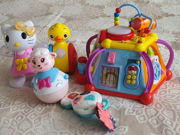 Игрушки для грудничков+подарок стул для кормления и коляску