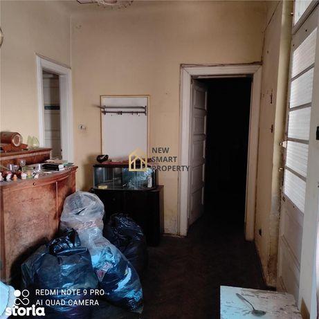 Apartament cu 3 camere la casa Str. Mociulchi\/ Universitate