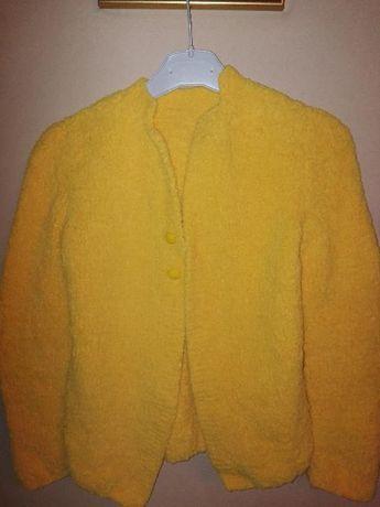 pulover nou lucrat manual ptr. fetite de 10-11 ani