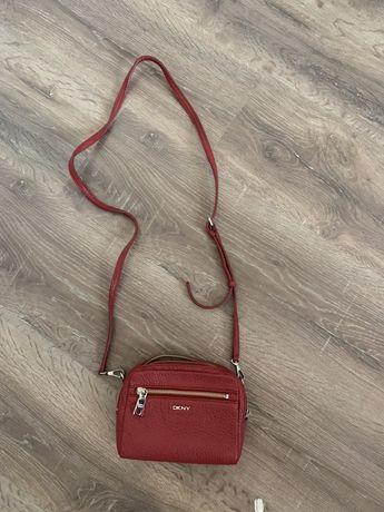 Чанта DKNY
