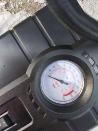 Автомобильный компрессор 4000