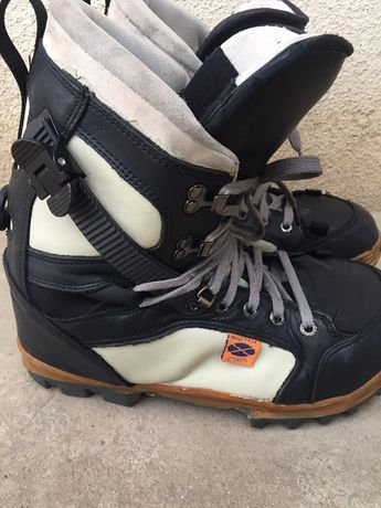 Boots snowboard nr 42-43