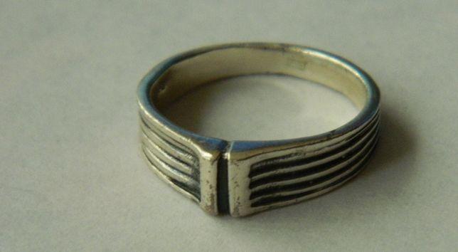 D42,inel argint 925,nou/marcat, model unisex