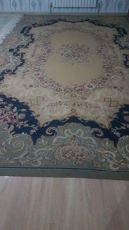 В хорошом состянии ковры
