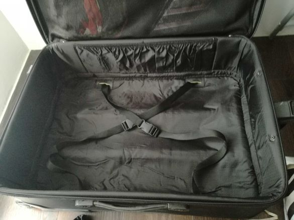 куфар черен плат skyway