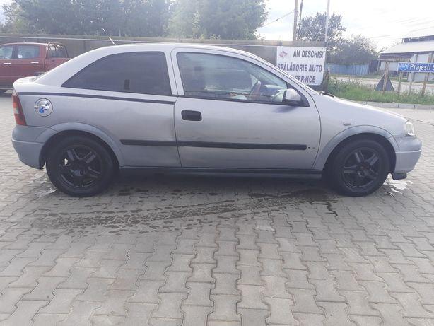 vând Opel astra în stare foarte bună 38 de milioane negociabil