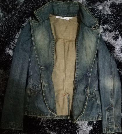Jacheta din blugi ZARA