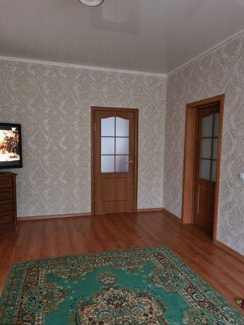 Продам дом вместе с Магазином цетре 4 ком 144 квадратов