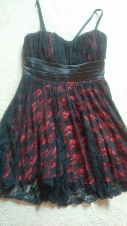 Vand rochie ocazie dantela neagra