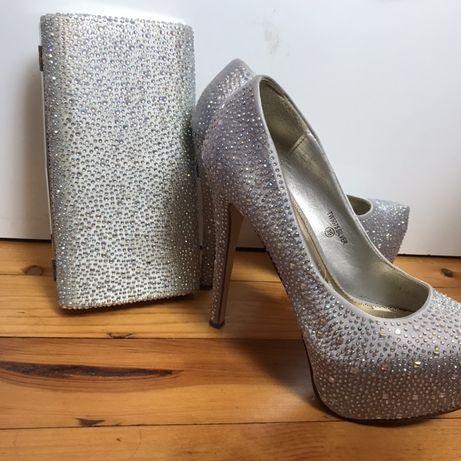 Комплект обувки с висок ток и чанта