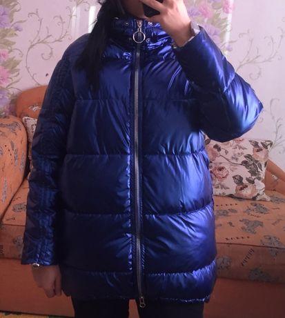Продам зимнюю куртку ( писать на Whatsapp)
