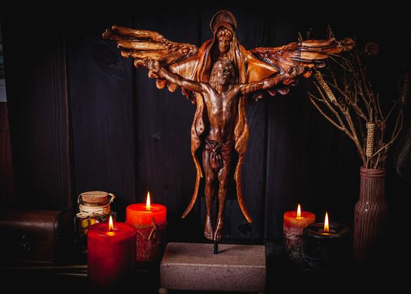 Ангел с Исус Христос Дърворезба Дървена Фигура  Декорация Орех Дърво