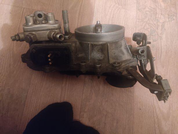 Запчасть Мерседес двигатель 102 дозатор
