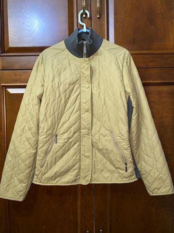 Продам куртку Columbia. Размер М на 46-48. В хорошем состоянии