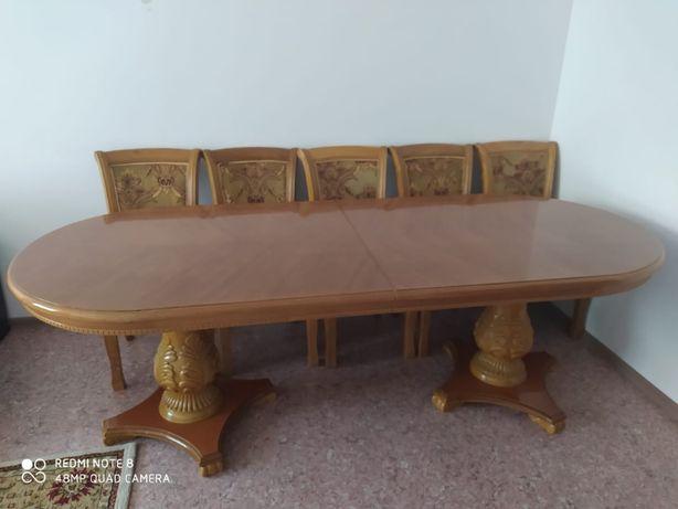 Стол деревянный гостевой + 12 стульев б/у 200 000 тг