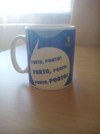 Порцеланова чаша на ФК Порто