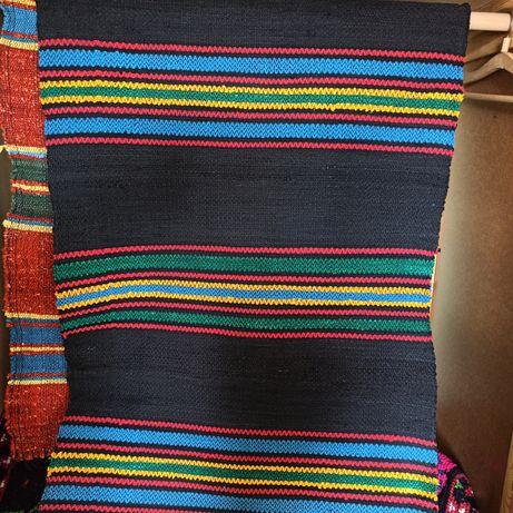 Ръчно тъкани черги и килими