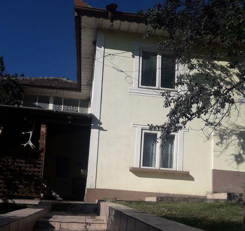 OFERTA Vand casa de vacanta in sat Goidesti