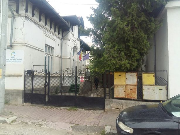 Vand casa ultracentral in mun.Buzau