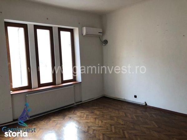 GAMINVEST V2371 De vanzare casa in zona strazii Clujului, Oradea