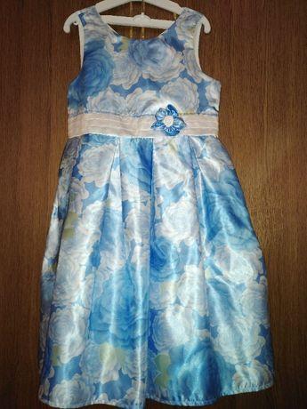 Детска официална рокля размер 140