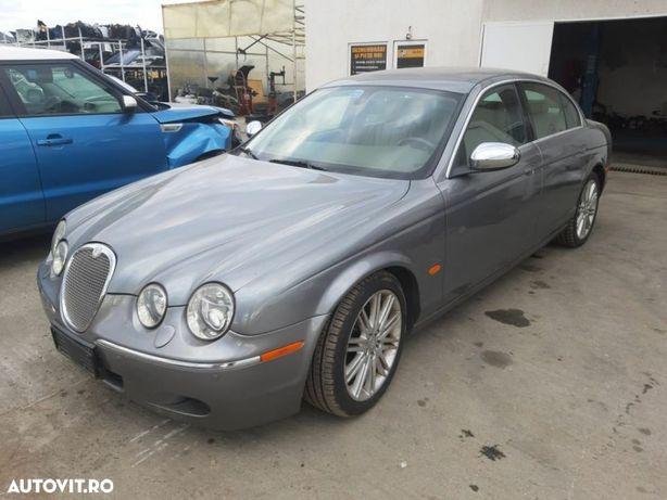 Dezmembrez Jaguar s-type 2.7v6 diesel