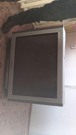 Большой Телевизор в рабочим состоянии