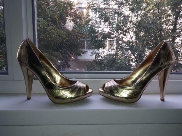 Pantofi cu toc Aldo mar. 38