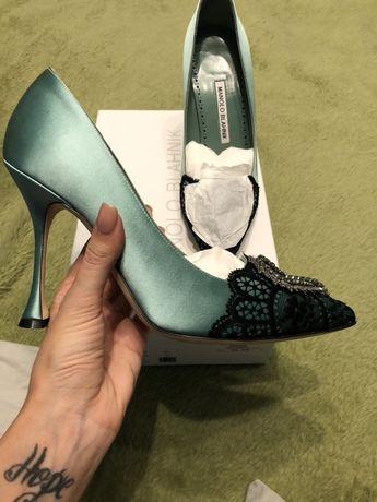 Pantofi Manolo Blahnik !! Originali evident .