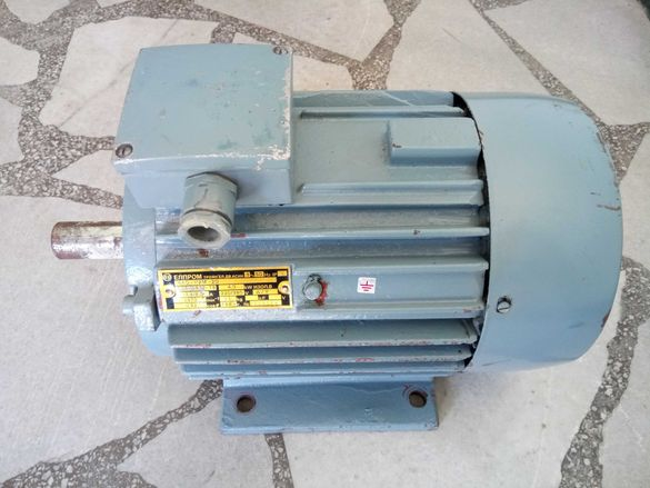 Трифазен асинхронен двигател 4kW