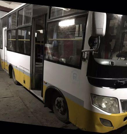 Автобус Donf Feng
