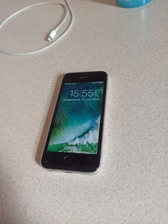 Продам срочно Айфон 5s