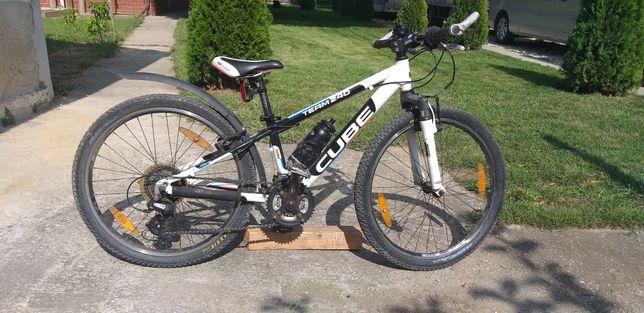 Vand Bicicleta Cube Team240