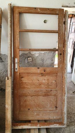 2 uși  lemn brad cu toc 320ei ambele