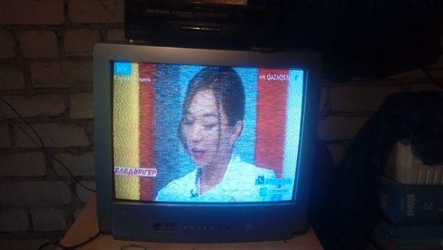Продам телевизор JVC в рабочем состояние