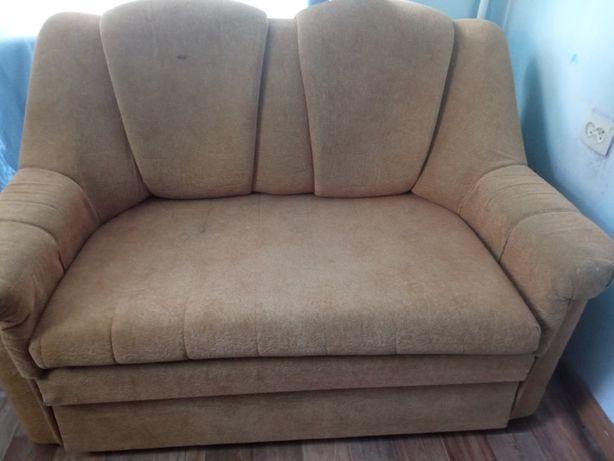 Продам 2 дивана по 10000