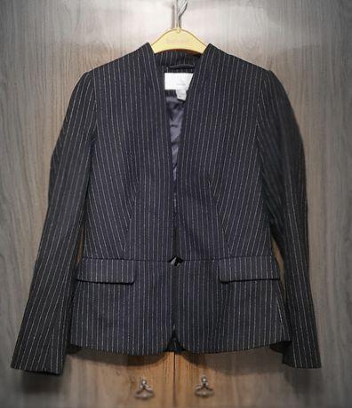 Продам комплект h&m из пиджака и юбки из натуральной шерсти.