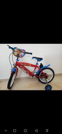 Bicicleta Paw patrol 16 R pentru copii cu vârsta de la 5 la 8 ani.